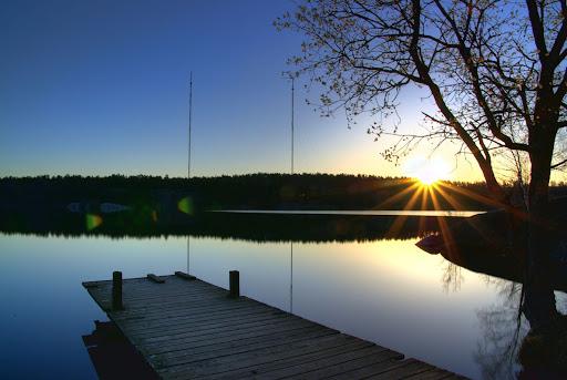 http://lh6.ggpht.com/_9OVrU0ebEmg/SBLUjH9nZOI/AAAAAAAAAdk/wt67AqBXW9E/sunrise_hellas.jpg