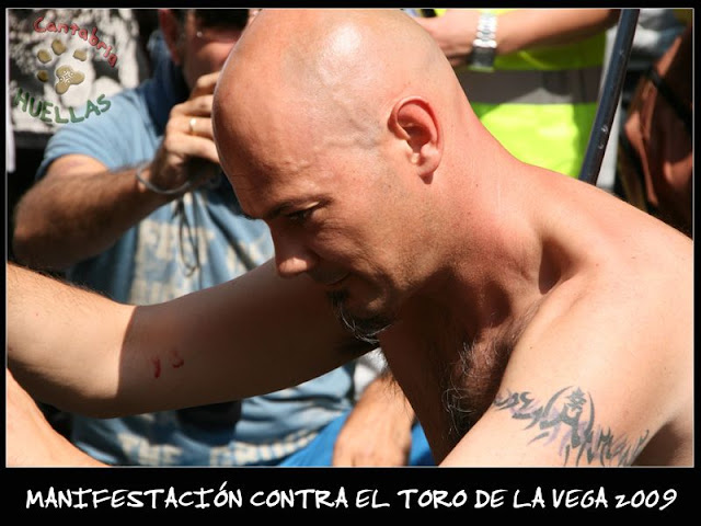 Manifestaciones contra el Toro de la Vega 2009 IMG_2414