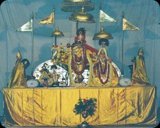 J-Radha-Govinda4-v