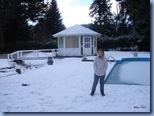 Olha a alegria da Bela com toda essa neve