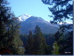 Vista panorâmica das montanhas nevadas. Que belo quadro, não?