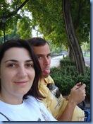 Nos arredores de Budapeste, a caminho do Parlamento, sentamos em um dos inúmeros bancos nas margens de Budapeste e simplesmente desfrutamos a manhã