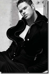 kellan-lutz-august-man-magazine-photos-6[3]