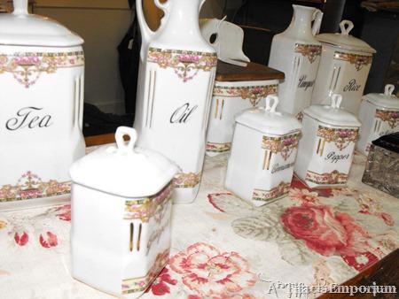 collectible vintage kitchen set