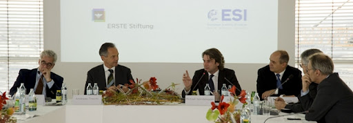 """Is Europe a continent in decline"" – Alex Rondos, Andreas Treichl, Boris Marte, Peter Hagen, Wolfgang Petritsch and Rainer Munz. Photo: ERSTE Stiftung"
