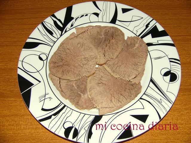 Vitello tonnato (Говядина под соусом из тунца)