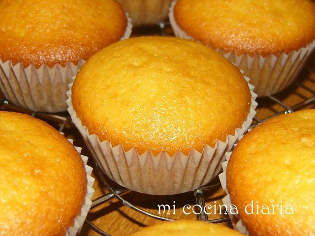 Magdalenas de mandarinas (Кексы мандариновые)