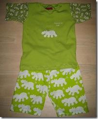 Tskjorte_og_shorts