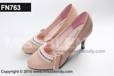 รองเท้าคัทชู ประดับไข่มุก สีชมพู