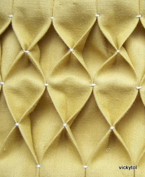 مخدات رائعة بالابرة الخيط HoneycombFabric.jpg