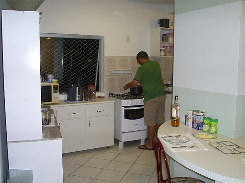 [na cozinha[3].jpg]