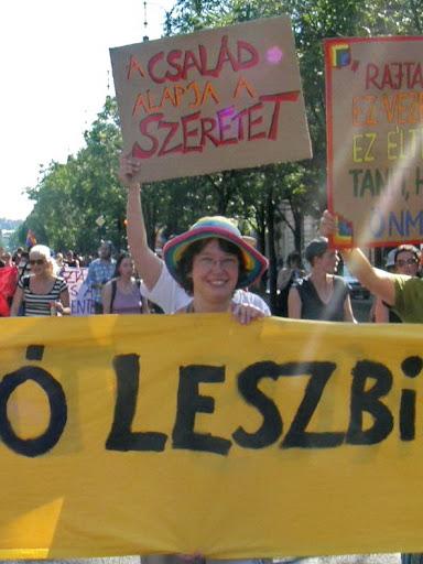 2010, Budapest Pride, buzi, felvonulás, fényképek, gay, képek, lesbians, leszbikusok,  LGBT, meleg, Meleg Méltóság Menete, photos, pictures, tüntetés,   stockphoto, parádé, Látható Leszbikusok