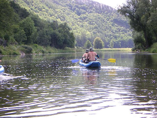 Kanovakantie op de rivier de Berounka