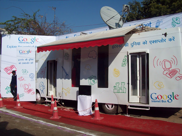 Google Internet Bus enters Gujarat on two and half months tour