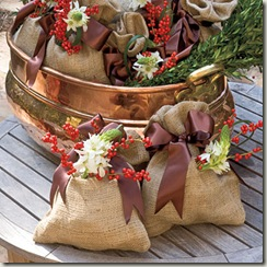 burlap-vase-gift-l