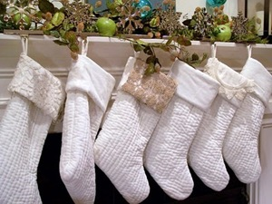 white christmas stockings hgtv_com