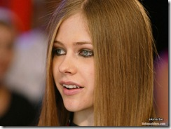 avril-lavigne-1024x768-4635 LinkinSoldiers