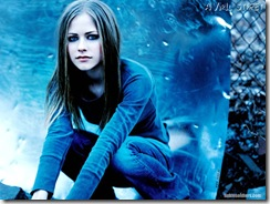 avril-lavigne-1024x768-689 LinkinSoldiers