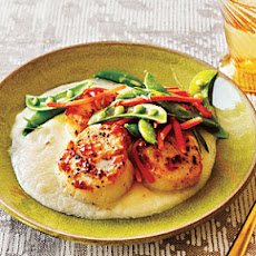 Seared Scallops with Cauliflower Puree