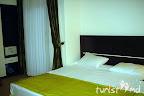 Фото 8 La Perla Deluxe Hotel