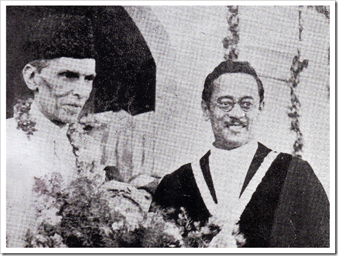 Mayor of Karachi Hatim A Alavi presents a bouquet to the Founder in 1938