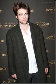 gallery_enlarged-robert-pattinson-new-moon-london-8-photos05