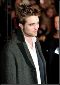 gallery_enlarged-robert-pattinson-new-moon-london-6-photos07