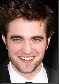 gallery_enlarged-robert-pattinson-new-moon-8-premiere-red-carpet-photos-11162009-02