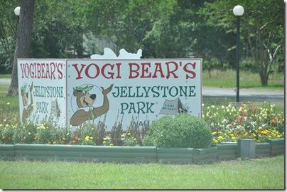 Yogi Bear 2010 007