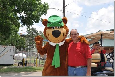 Yogi Bear 2010 019