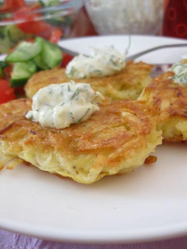 Картофельные драники и простой семейный ужин
