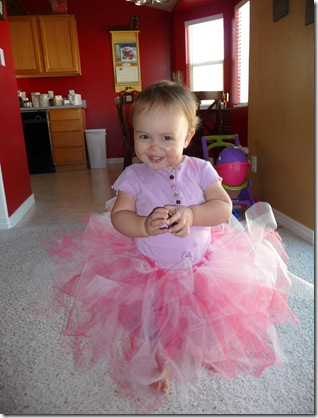 Kylie's tutu and new outfit 005