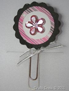 Black & Pink Paper Clip
