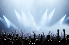 Crowd LR - Fotolia_8216433_Subscription_L