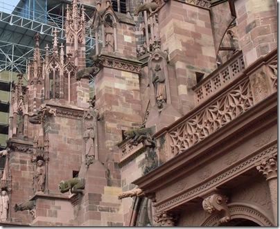 gargoyle sulla cattedrale di Nostra Signora a Friburgo