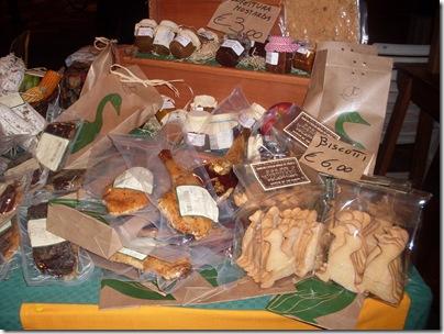 dolci e biscotti a forma di oca alla fiera dell'oca di Mirano