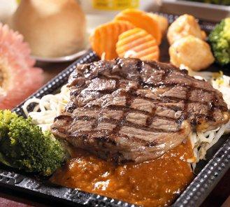 台中公益路美食-赤鬼招牌沙朗牛排