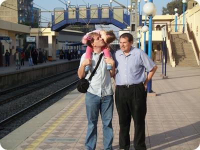 12-25-2009 040 riding the metro