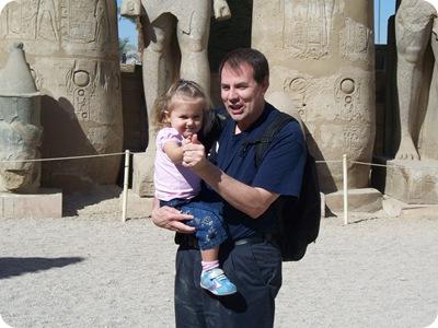 12-19-2009 042 Rachel & Grandpa, Luxor temple