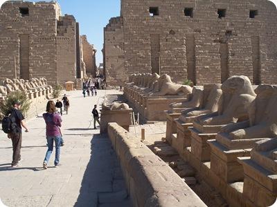 12-19-2009 056 entrance to Karnak temple