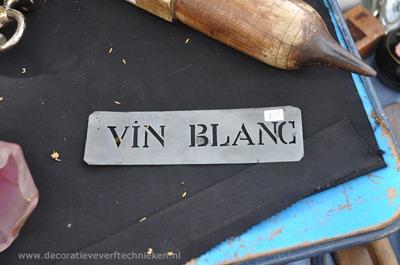 vide-grenier-vinblanc