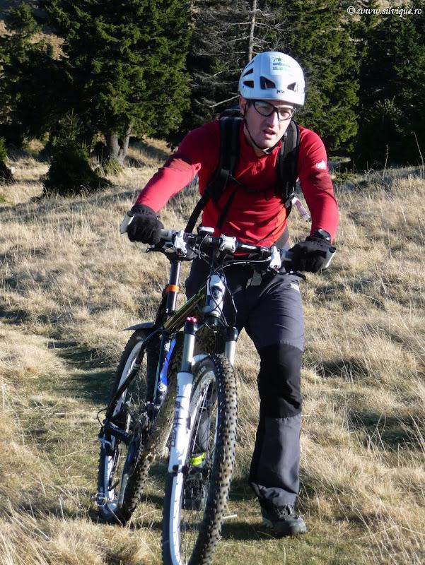 Ciucas cu bicicleta