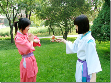 spirited away cosplay - ogino chihiro aka sen and nigihayama kohaku nushi aka haku