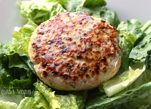 Swordfish Burgers with Lemon Vinaigrette | Skinnytaste