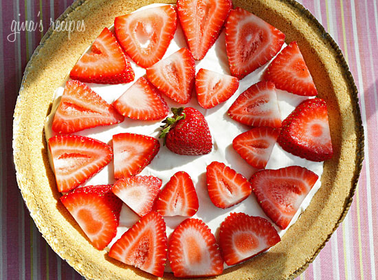 Low Fat Strawberry No-Bake Cheesecake - Tasty Fun Recipes