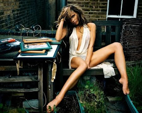 victoria-beckham-is-most-glamorous-woman-in-the-world-hot-photos-pictures
