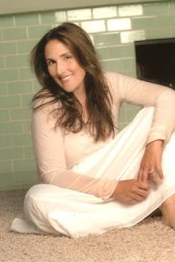 ricki-lake-biography-and-wiki-photos-and-hot-pictures-gallery