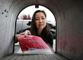 netflix-expects-video-streaming-to-drown-out-dvds-ap-news
