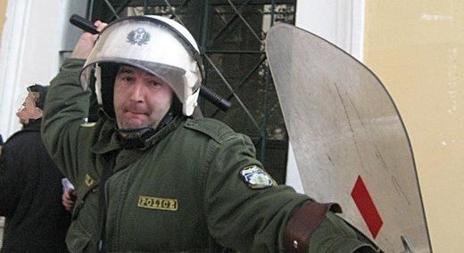 Greek_riot_police