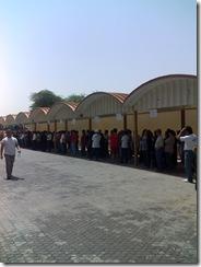Embassy_17_Pila ng_mga_boboto